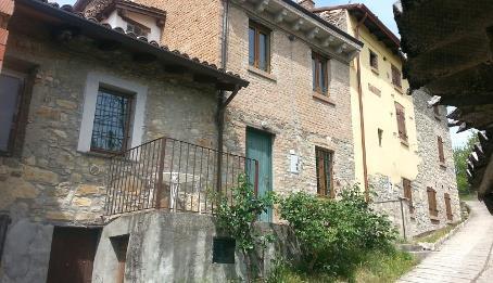 Soluzione Indipendente in vendita a Ruino, 5 locali, zona Località: BIVIO TREVENTI, prezzo € 45.000 | CambioCasa.it
