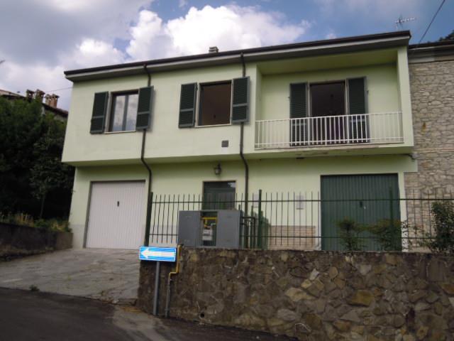 Soluzione Indipendente in vendita a Zavattarello, 6 locali, prezzo € 115.000 | Cambio Casa.it