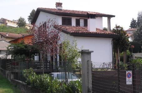 Villa in vendita a Casteggio, 10 locali, prezzo € 319.000 | Cambio Casa.it