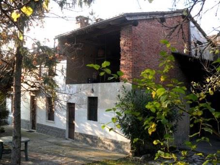 Soluzione Indipendente in vendita a Zenevredo, 6 locali, zona Località: BETTOLA, prezzo € 87.000 | CambioCasa.it