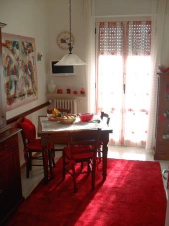 Appartamento in vendita a Casteggio, 7 locali, prezzo € 89.000 | Cambio Casa.it