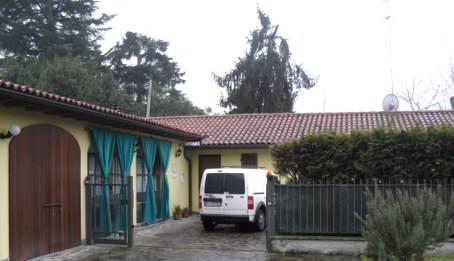 Soluzione Indipendente in vendita a Pavia, 7 locali, zona Zona: V.le Riviera - Casa sul Fiume, prezzo € 295.000 | Cambio Casa.it