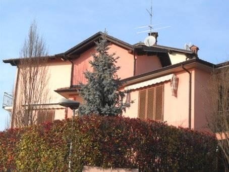 Villa in vendita a Canneto Pavese, 7 locali, prezzo € 250.000 | Cambio Casa.it