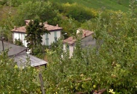 Soluzione Indipendente in vendita a Pietra de' Giorgi, 15 locali, prezzo € 390.000 | Cambio Casa.it
