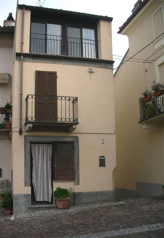 Soluzione Indipendente in vendita a Montù Beccaria, 7 locali, prezzo € 84.000 | CambioCasa.it