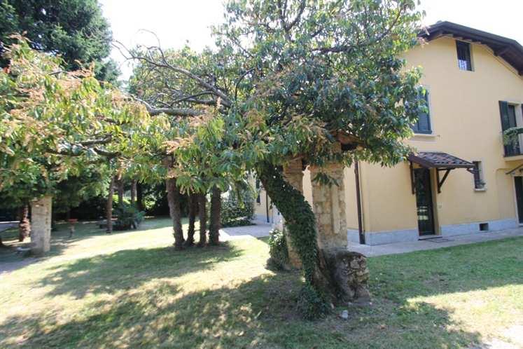 Villa, Arcellasco, Erba