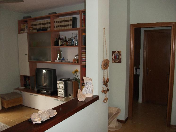 Appartamento in vendita a Figline e Incisa Valdarno, 4 locali, prezzo € 230.000 | Cambio Casa.it