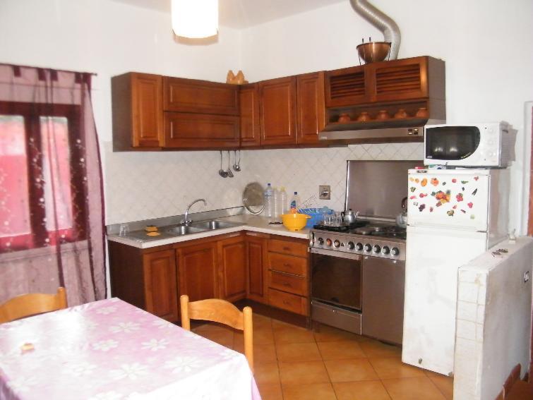 Appartamento in vendita a Figline e Incisa Valdarno, 5 locali, zona Località: MATASSINO, prezzo € 140.000 | Cambio Casa.it
