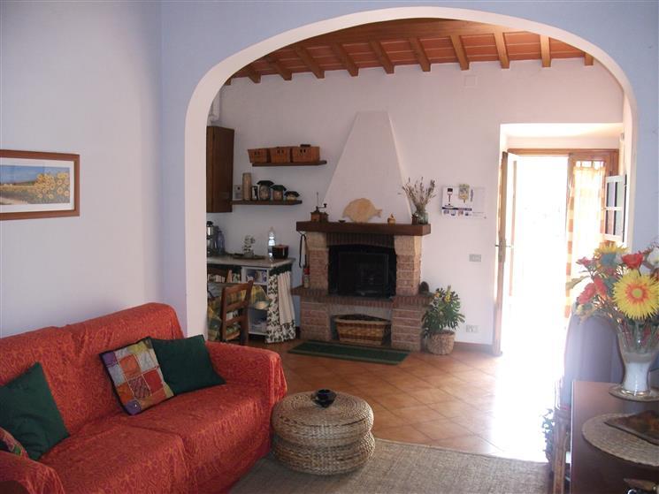 Appartamento in vendita a Figline e Incisa Valdarno, 3 locali, zona Località: GAVILLE, prezzo € 115.000   CambioCasa.it