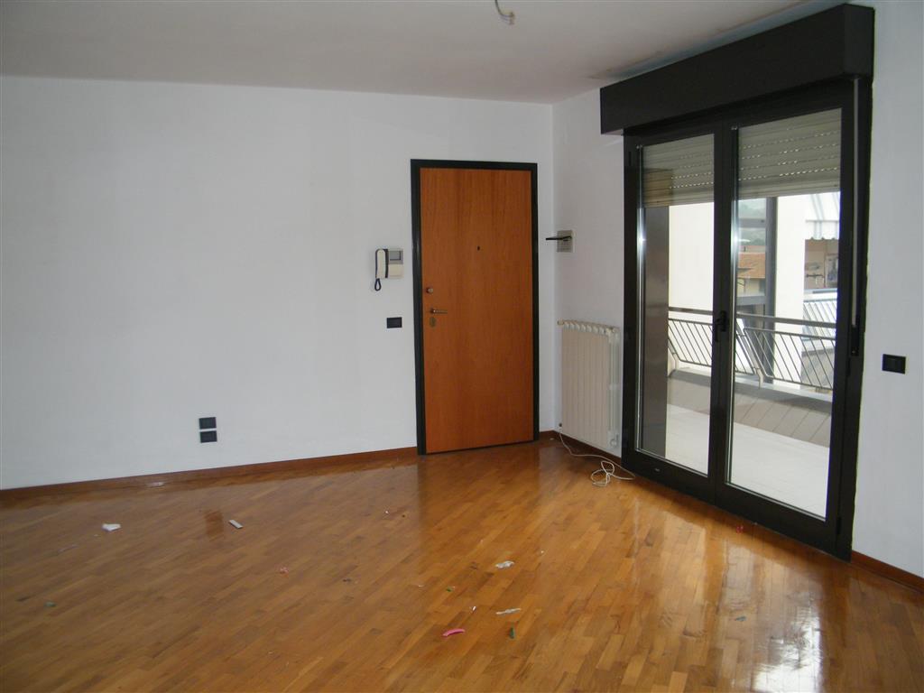 Appartamento in vendita a Figline e Incisa Valdarno, 5 locali, zona Località: STAZIONE FERROVIARIA, prezzo € 265.000   CambioCasa.it
