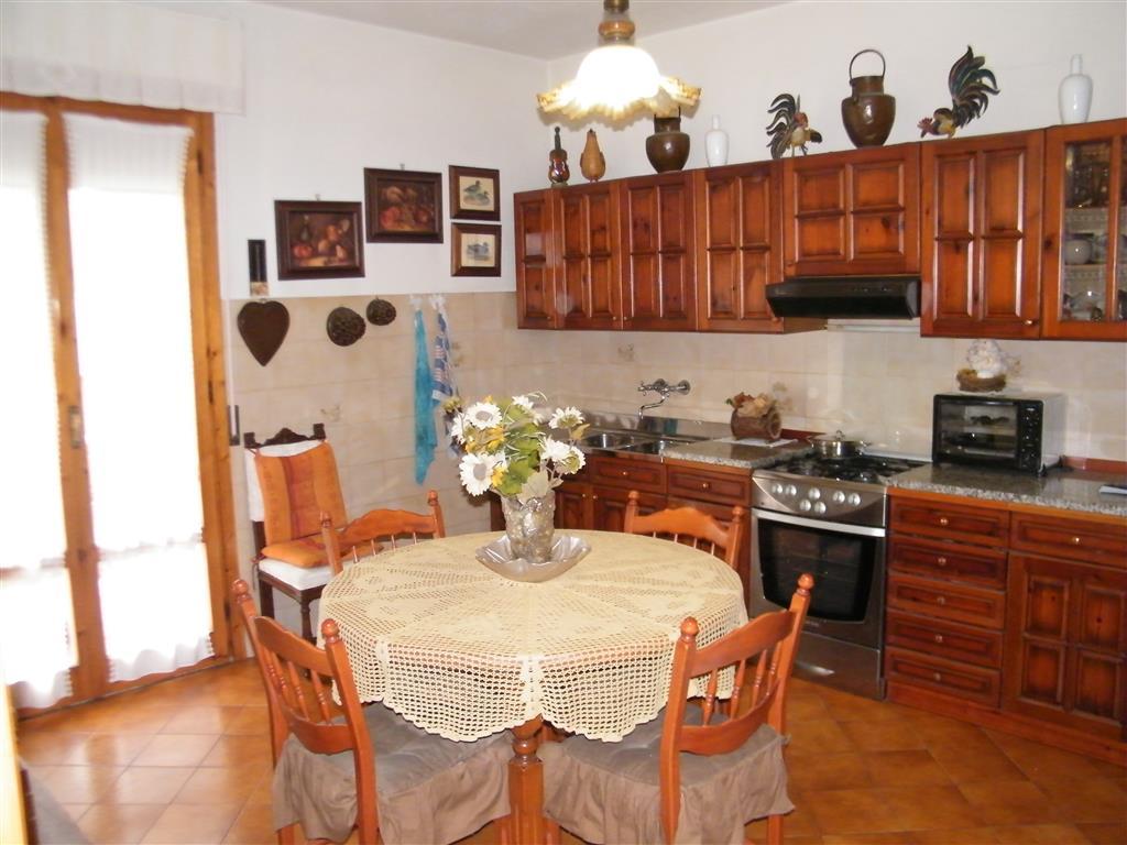 Appartamento in vendita a Cavriglia, 5 locali, zona Zona: Vacchereccia, prezzo € 158.000 | CambioCasa.it