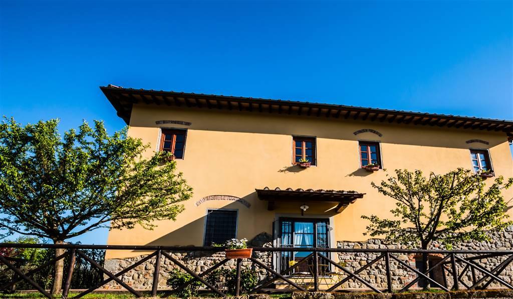 Rustico / Casale in vendita a Reggello, 20 locali, zona Zona: Rona, Trattative riservate | Cambio Casa.it