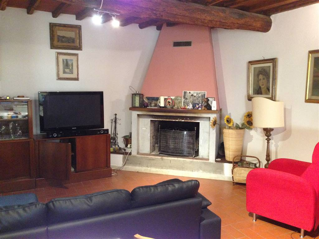 Appartamento in vendita a Greve in Chianti, 4 locali, zona Località: DUDDA, prezzo € 220.000 | Cambio Casa.it