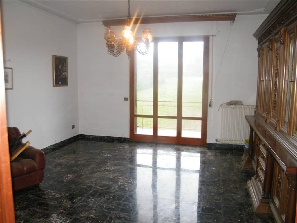 Appartamento in vendita a Figline e Incisa Valdarno, 5 locali, zona Località: RESTONE, prezzo € 195.000   CambioCasa.it