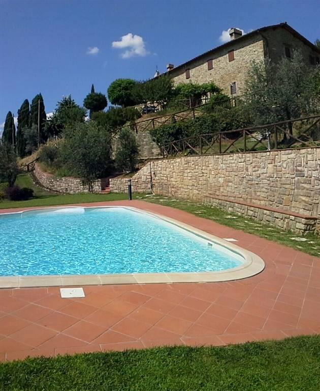 Soluzione Indipendente in vendita a Reggello, 12 locali, zona Zona: San Donato in Fronzano, prezzo € 895.000 | Cambio Casa.it