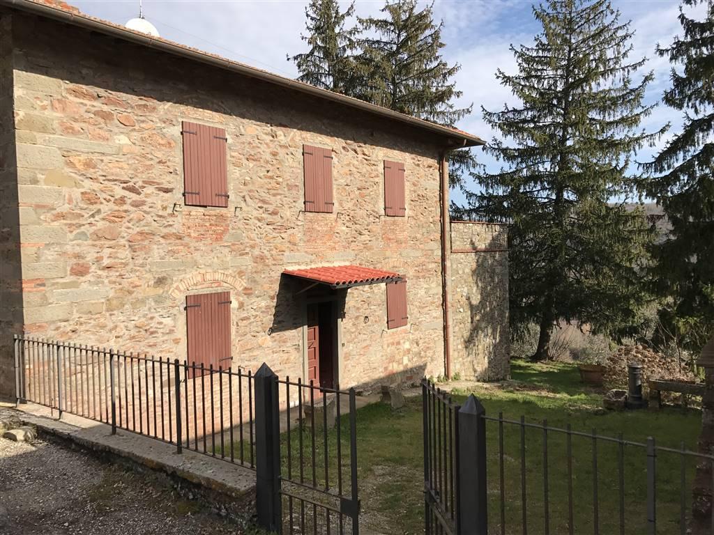 Soluzione Indipendente in vendita a Greve in Chianti, 17 locali, zona Zona: Lucolena, prezzo € 420.000 | Cambio Casa.it