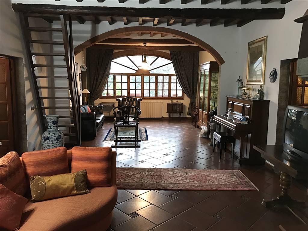 Villa in vendita a Reggello, 12 locali, zona Zona: Vaggio/La Canova, prezzo € 450.000 | Cambio Casa.it