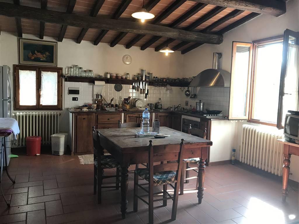 Soluzione Indipendente in vendita a Figline e Incisa Valdarno, 8 locali, zona Località: Figline Valdarno, prezzo € 300.000 | CambioCasa.it