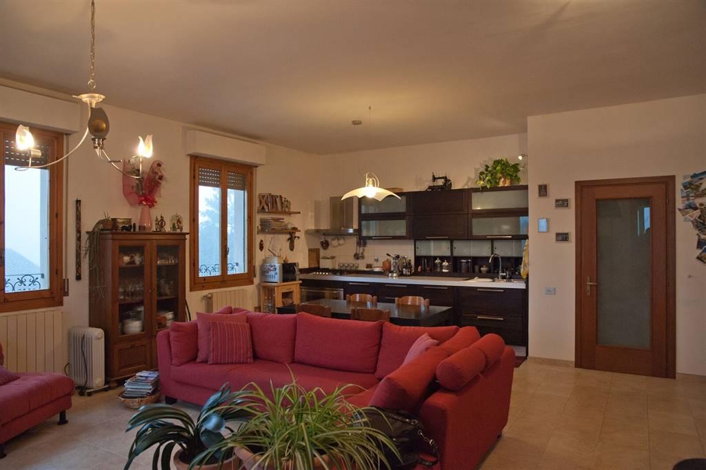 Attico / Mansarda in vendita a Reggello, 5 locali, zona Zona: Cascia, prezzo € 195.000 | Cambio Casa.it