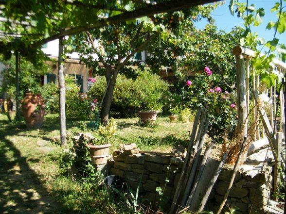 Soluzione Indipendente in vendita a Greve in Chianti, 7 locali, zona Zona: Lamole, prezzo € 310.000 | CambioCasa.it