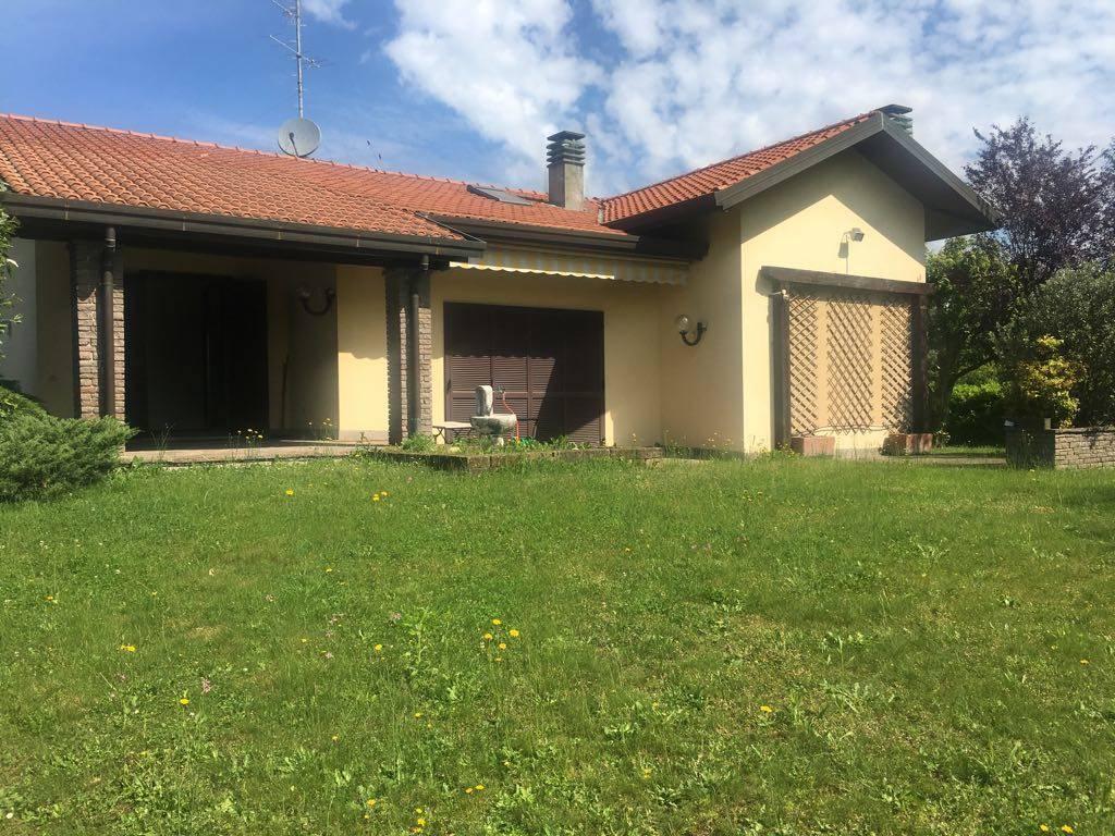 Villa-Villetta Vendita Casatenovo