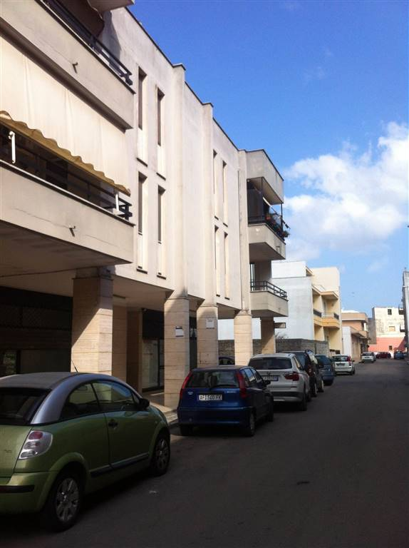Appartamento in vendita a Surbo, 4 locali, prezzo € 80.000 | CambioCasa.it