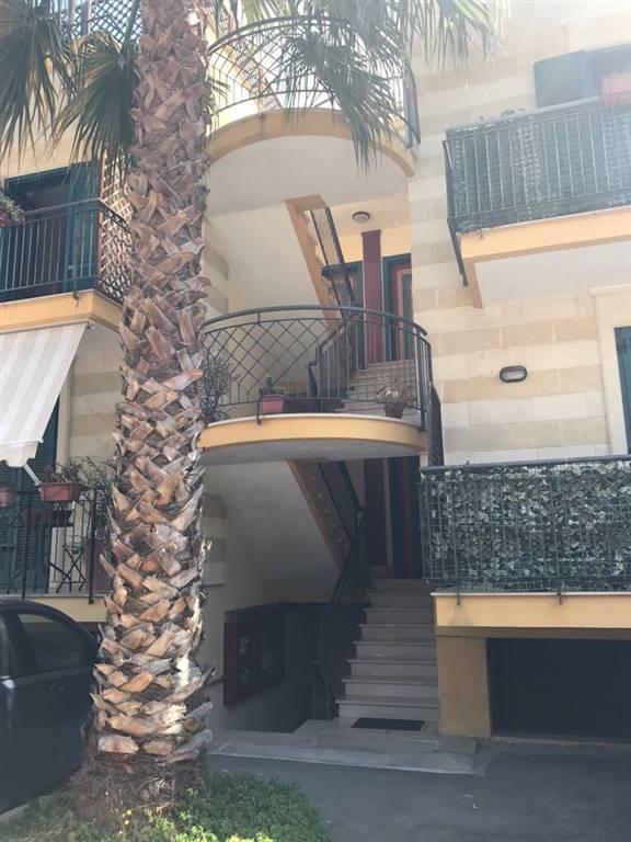 Appartamento in vendita a Lequile, 4 locali, prezzo € 115.000 | CambioCasa.it