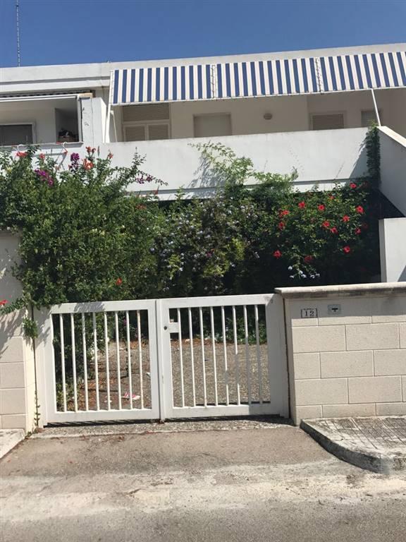 Villa Bifamiliare in affitto a Lecce, 3 locali, zona Zona: Litorale, prezzo € 400 | CambioCasa.it