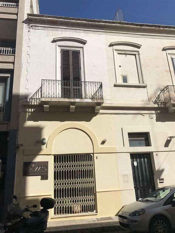 Appartamento in affitto a Lecce, 2 locali, zona Zona: Mazzini, prezzo € 750 | CambioCasa.it