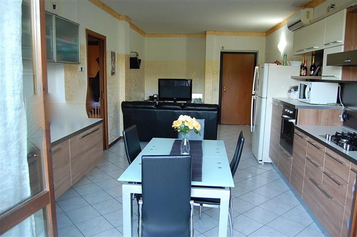 Appartamento in vendita a Coccaglio, 3 locali, prezzo € 139.000   Cambiocasa.it