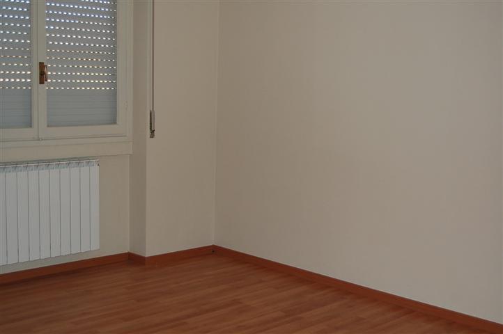 Appartamento in vendita a Coccaglio, 3 locali, prezzo € 75.000   Cambiocasa.it