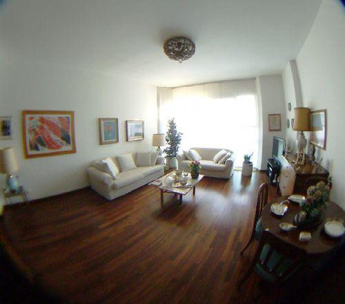 Attico / Mansarda in vendita a Brugherio, 4 locali, prezzo € 339.000 | Cambio Casa.it