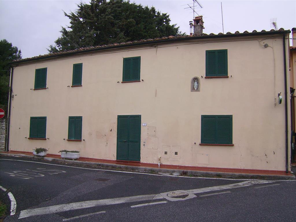 Appartamento in vendita a Guardistallo, 3 locali, prezzo € 175.000   Cambio Casa.it