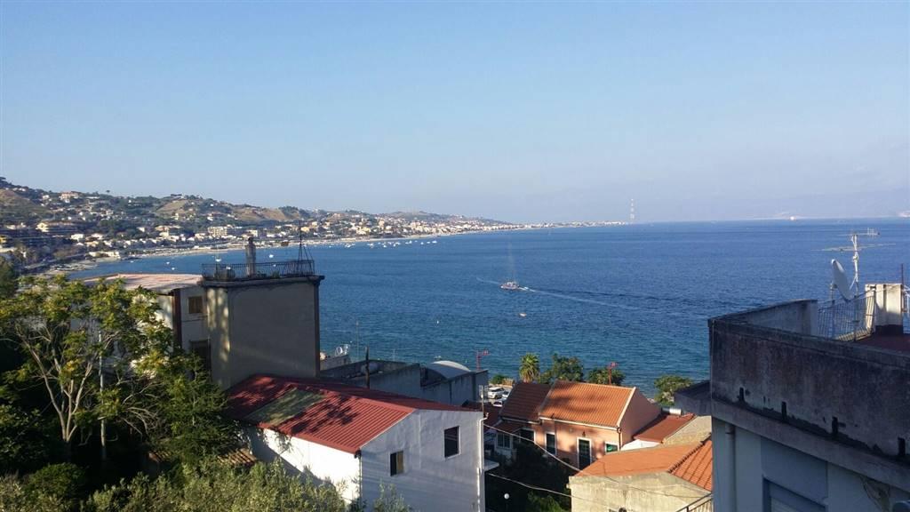 Bilocale in Grotte, Via C. Pompea,panoramica, Messina