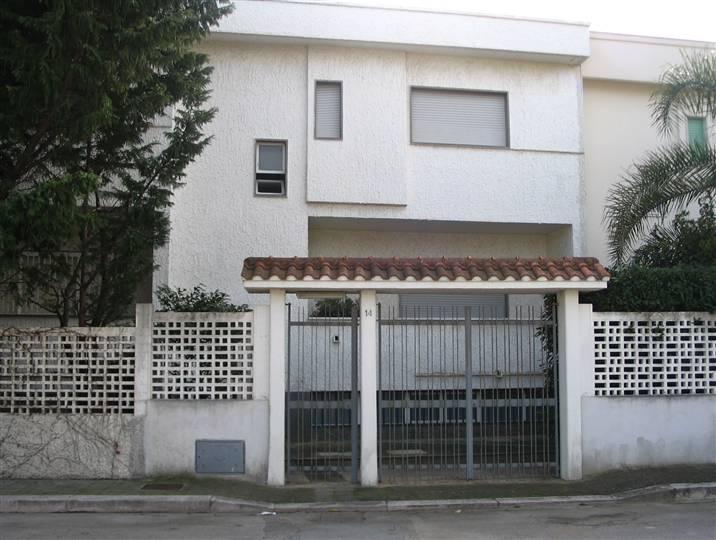 Villa in vendita a Bari, 4 locali, zona Zona: Palese, Trattative riservate | CambioCasa.it