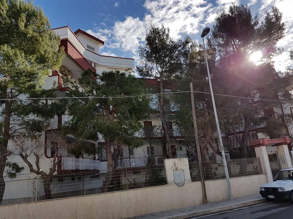 Attico / Mansarda in vendita a Bari, 2 locali, zona Zona: Palese, prezzo € 115.000 | Cambio Casa.it
