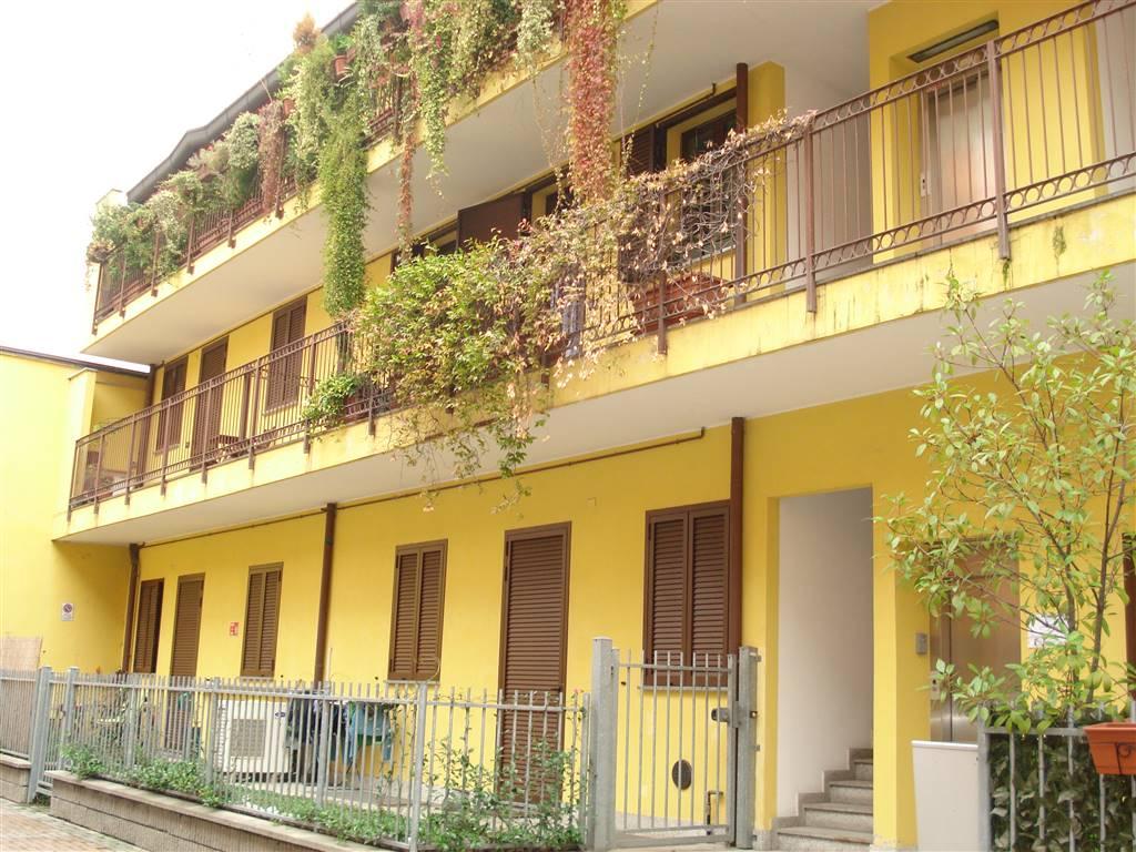 Bilocale in Via Rutilia 19, Chiesa Rossa, Cermenate, Ripamonti, Milano