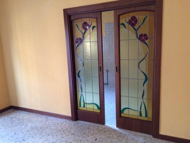 Appartamento in vendita a Nova Milanese, 3 locali, prezzo € 115.000 | CambioCasa.it