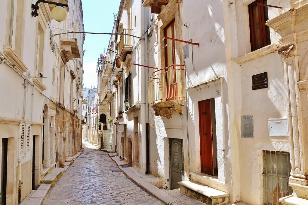 Casa singola in vendita a putignano zona centro storico - Immobile classe g ...