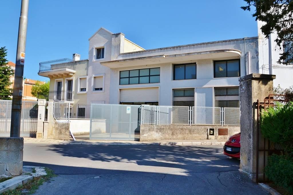 Palazzo-stabile Affitto Putignano