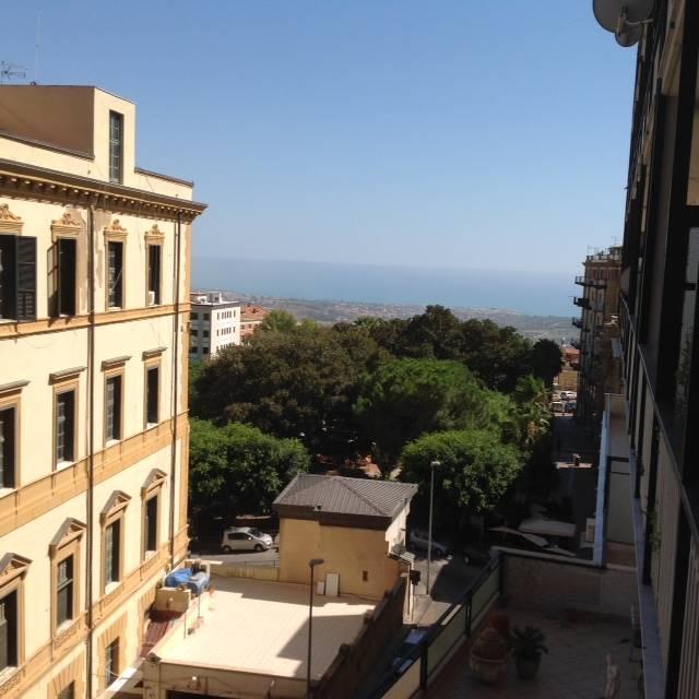 Appartamento in affitto a Agrigento, 5 locali, zona Zona: Centro, prezzo € 500 | Cambio Casa.it