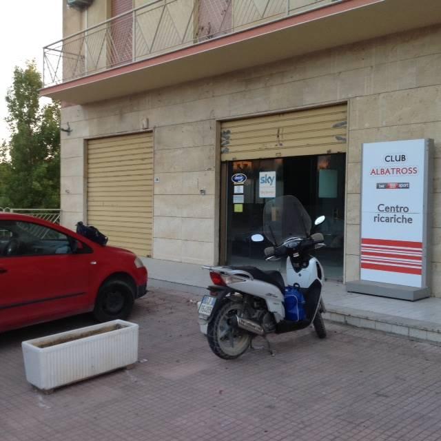 Attività / Licenza in affitto a Agrigento, 1 locali, zona Zona: San Leone, prezzo € 1.000 | Cambio Casa.it