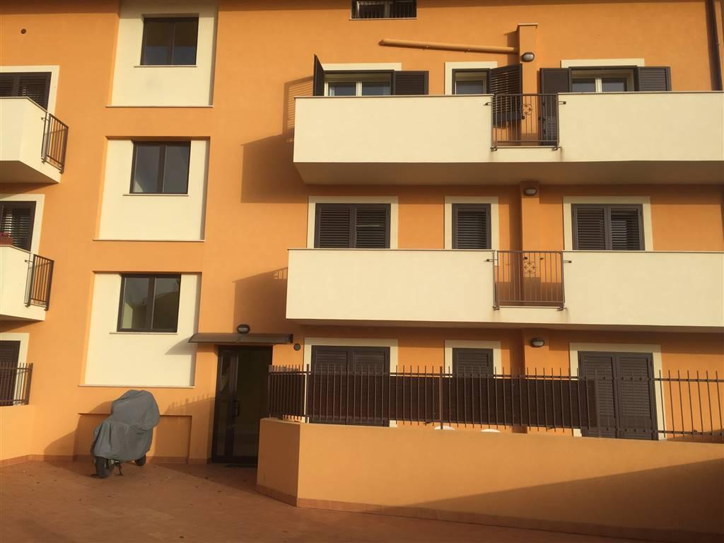 Appartamento in affitto a Agrigento, 4 locali, zona Località: QUADRIVIO SPINASANTA, prezzo € 450 | CambioCasa.it