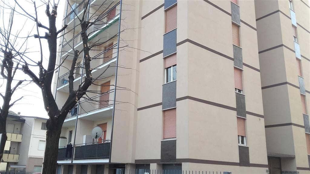 Appartamento in vendita a Lissone, 3 locali, prezzo € 99.000 | CambioCasa.it