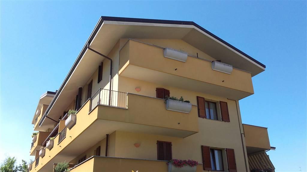 Appartamento in vendita a Lissone, 3 locali, prezzo € 205.000 | CambioCasa.it