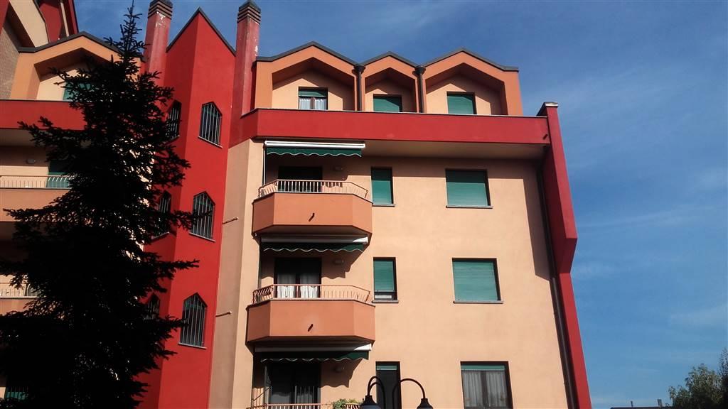 Appartamento in vendita a Lissone, 3 locali, prezzo € 155.000 | CambioCasa.it