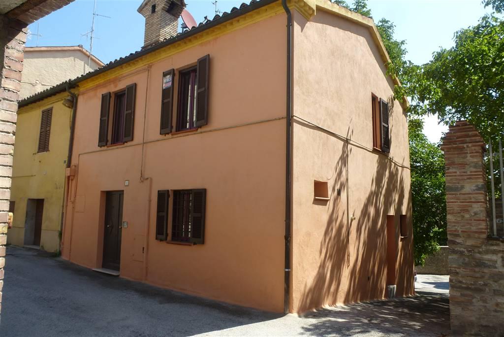 Case matelica compro casa matelica in vendita e affitto for Case in vendita macerata