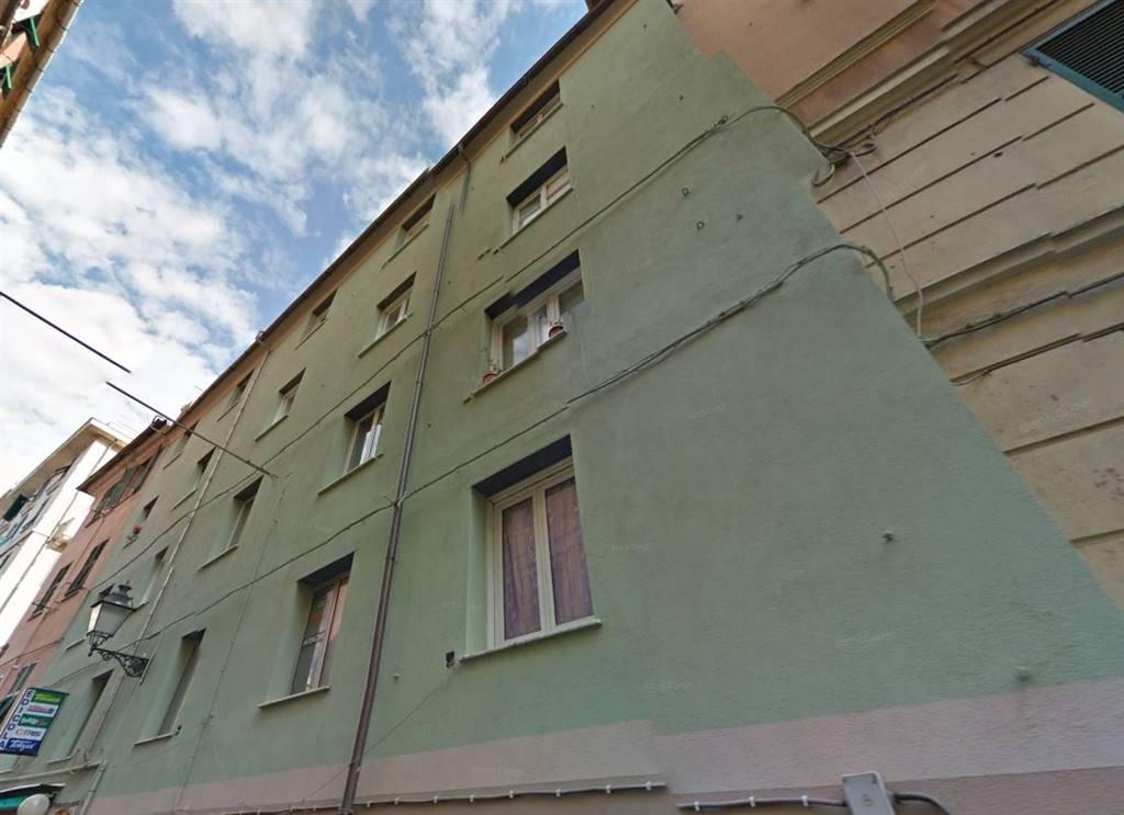 Vendita appartamento via umberto bertolotti 22 for Accensione riscaldamento genova 2017
