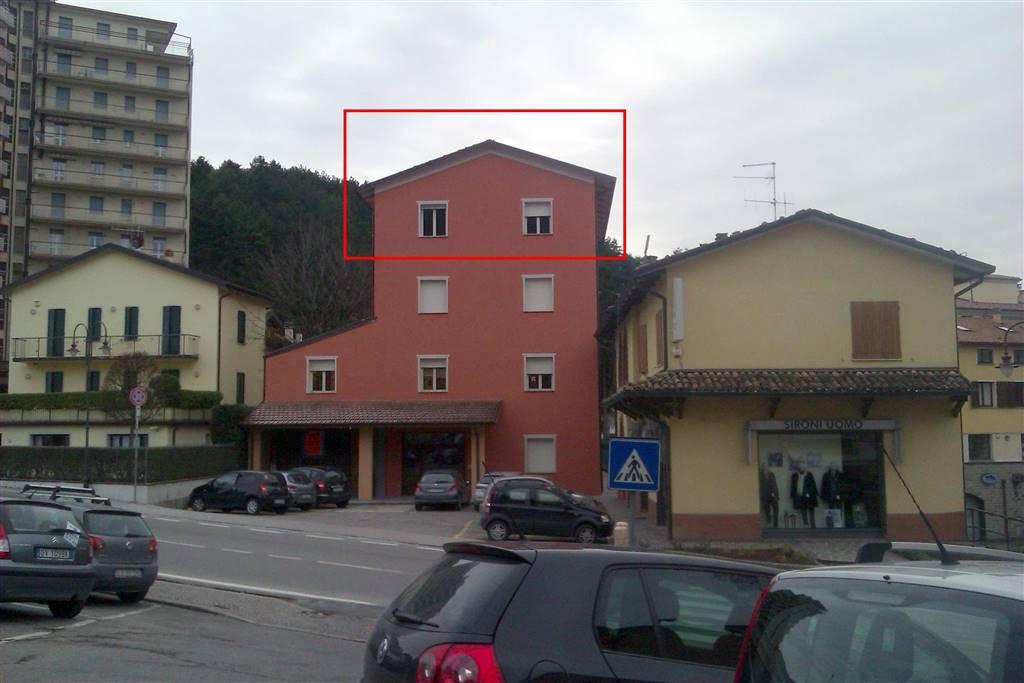 Ufficio / Studio in vendita a Castelnovo ne' Monti, 4 locali, prezzo € 75.000 | Cambio Casa.it