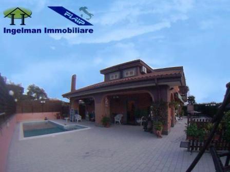 Villa in Via Del Leone 5, Guidonia Montecelio